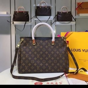 Louis Vuitton 13 x 10 x 5